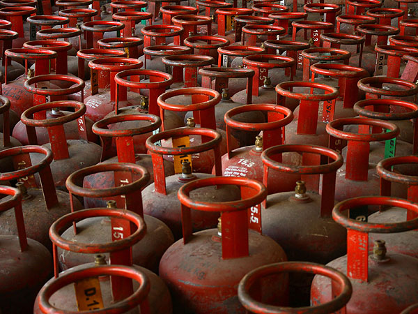 Full cooking gas cylinders to be available from Sunday