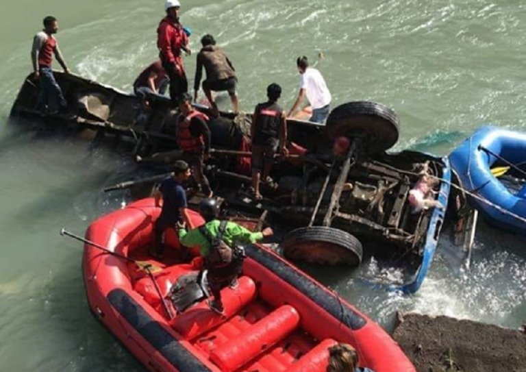 Sindhuli bus accident update, at least 15 dead